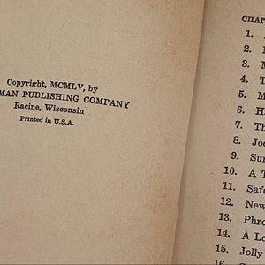 Vintage Accents - 3 Vtg Books Tom Sawyer Lassie Five Little Peppers